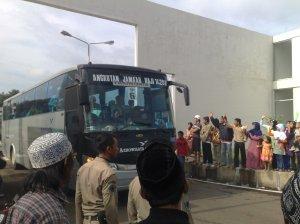 Bis yang membawa rombongan Haji Kuningan