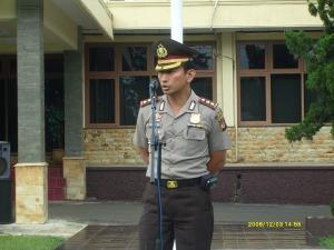 Kapolres Kuningan selaku Irup dalam acara Gelar Pasukan Pam Pelantikan Bupati/Wakil Bupati Kuningan Th. 2008