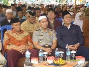 Bersama tokoh agama dan masyarakat