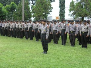 Peserta Apel Pergeseran Pasukan dalam rangka Pengamanan TPS Pemilu Legislatif 2009