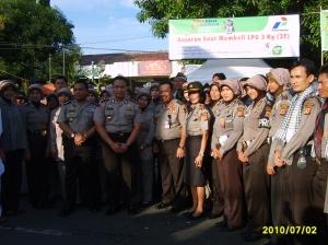 Rampak Genjring Polres Kuningan berfoto bersama Kadiv Humas Mabes Polri Irjen Pol Drs. Edwar Aritonang